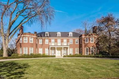 Grosse Pointe Farms Single Family Home For Sale: 226 Provencal Rd