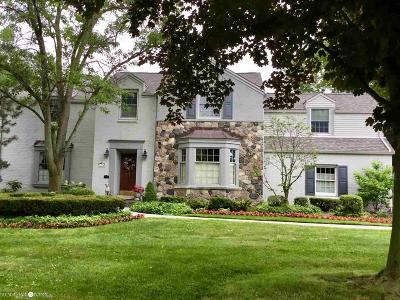 Grosse Pointe Woods Single Family Home For Sale: 1486 Lochmoor Blvd