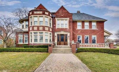 Grosse Pointe Park MI Single Family Home For Sale: $829,900