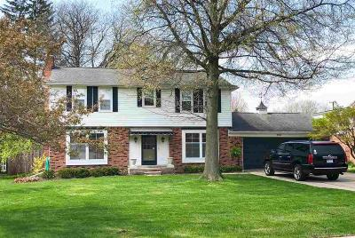 Grosse Pointe Park Single Family Home For Sale: 709 Middlesex