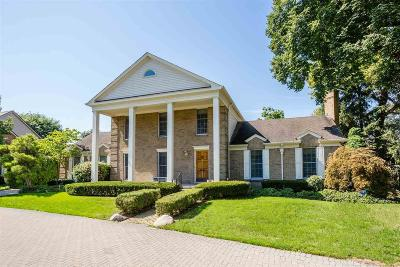 Grosse Pointe Single Family Home For Sale: 9 Sycamore