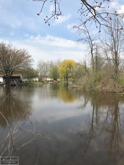 Algonac Residential Lots & Land For Sale: St Clair River
