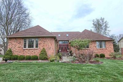 Rochester Single Family Home For Sale: 518 Oakbridge