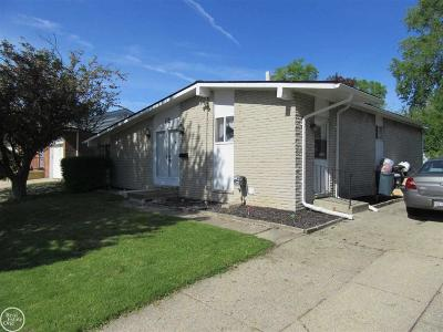 Mount Clemens Single Family Home For Sale: 12 Barbara St.
