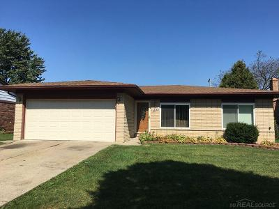 Sterling Heights Single Family Home For Sale: 3801 Franklin Park Dr.