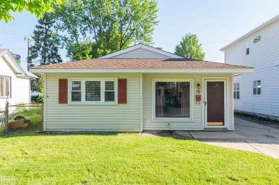 Clawson Single Family Home For Sale: 78 W Tacoma