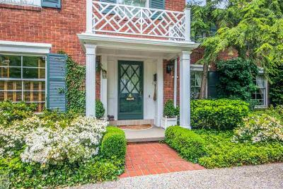 Grosse Pointe Shores Single Family Home For Sale: 60 N Deeplands Rd