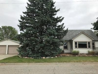 Single Family Home For Sale: 178 Bell