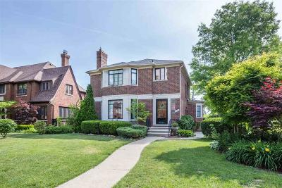Grosse Pointe Park Single Family Home For Sale: 1204 Bedford