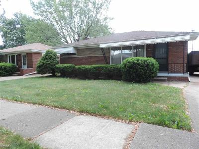 Saint Clair Shores Single Family Home For Sale: 29243 Jane