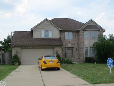 Sterling Heights MI Single Family Home For Sale: $269,900