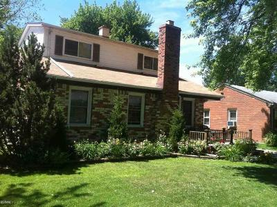 Saint Clair Shores Single Family Home For Sale: 23816 Deziel