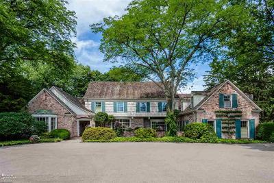 Grosse Pointe Farms Single Family Home For Sale: 40 Preston Place