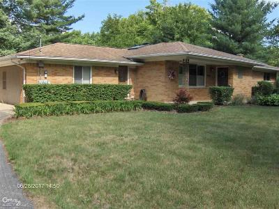 Chesterfield Twp Single Family Home For Sale: 52851 Fairchild Rd.