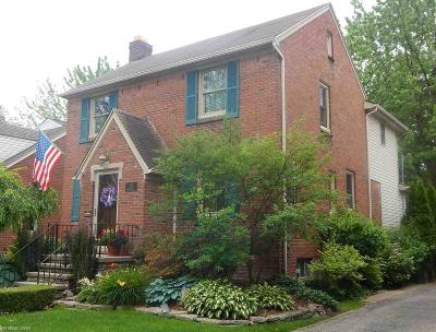 Grosse Pointe Woods Single Family Home For Sale: 1793 Hampton