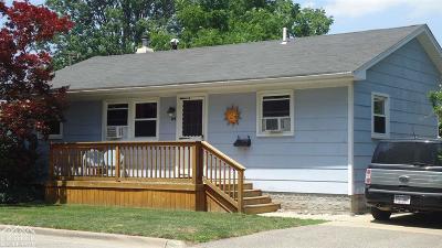 Marine City Single Family Home For Sale: 528 Carroll