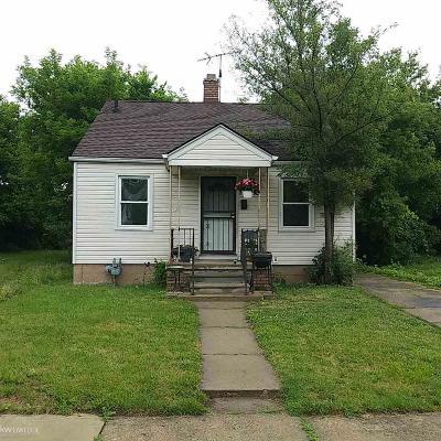 Detroit Single Family Home For Sale: 13853 Tacoma
