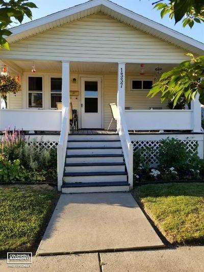 Port Huron Single Family Home For Sale: 1337 White