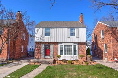 Grosse Pointe Woods Single Family Home For Sale: 1540 Hollywood