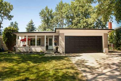 Madison Heights Single Family Home For Sale: 1841 Oakland