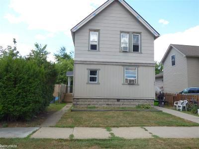 Marine City Single Family Home For Sale: 154 S Market Street