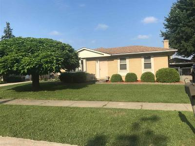 Clinton Township Single Family Home For Sale: 42103 Jason Dr