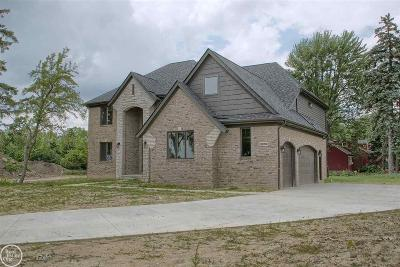 Sterling Heights MI Single Family Home For Sale: $440,000