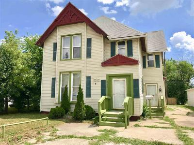 Mount Clemens Multi Family Home For Sale: 286 Nb Gratiot Ave