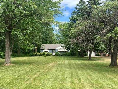 Chesterfield Single Family Home For Sale: 48530 Gratiot