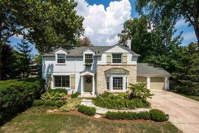 Grosse Pointe Farms Single Family Home For Sale: 348 Touraine