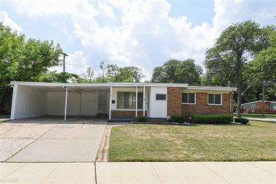 Oak Park Single Family Home For Sale: 15061 Marlow