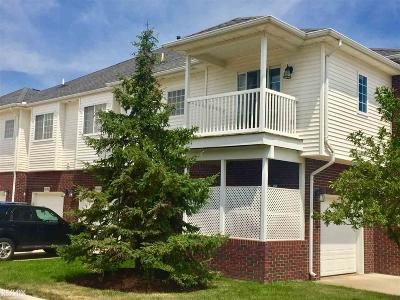 Sterling Heights Condo/Townhouse For Sale: 5609 Acorn Ln
