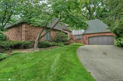 Grosse Pointe Farms Single Family Home For Sale: 31 Windemere Pl