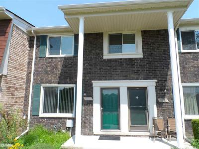 Sterling Heights Condo/Townhouse For Sale: 13307 Denver Cir
