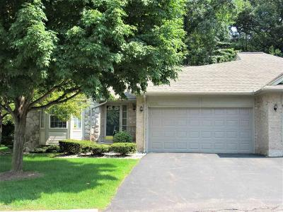 Macomb Condo/Townhouse For Sale: 12125 Hickory W