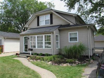 Clawson Single Family Home For Sale: 230 Kinross Avenue