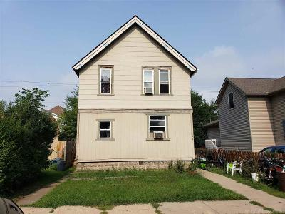 Marine City Single Family Home For Sale: 154 S Market