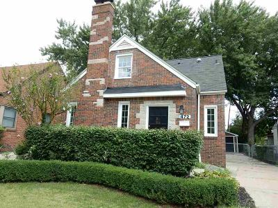 Grosse Pointe Farms Single Family Home For Sale: 472 Belanger