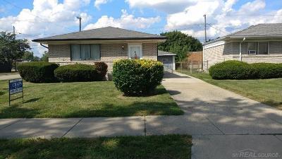 Center Line Single Family Home For Sale: 8411 Potomac