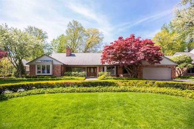 Grosse Pointe Farms Single Family Home For Sale: 181 Country Club