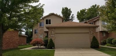 Chesterfield Twp MI Condo/Townhouse For Sale: $209,900