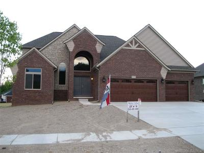 Washington Twp Single Family Home For Sale: 67772 Chesapeake