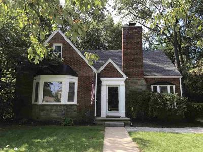 Grosse Pointe Woods Single Family Home For Sale: 1535 S Renaud