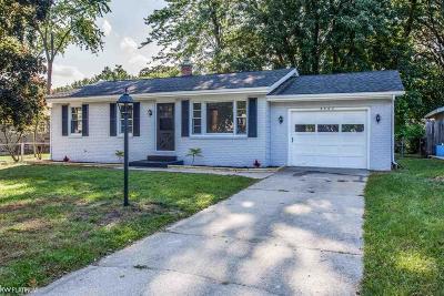 Port Huron Single Family Home For Sale: 2507 21st Avenue