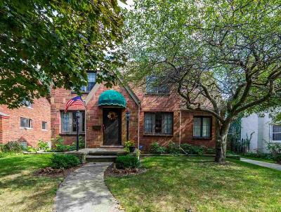 Grosse Pointe Single Family Home For Sale: 932 Lincoln