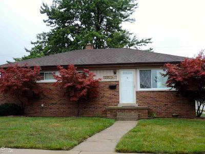 Roseville Single Family Home For Sale: 25425 Collingwood
