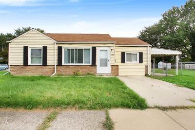 Roseville Single Family Home For Sale: 26500 Nagel St.