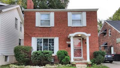 Grosse Pointe Single Family Home For Sale: 20926 Moross Rd