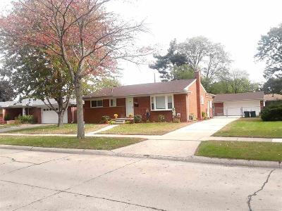 Warren Single Family Home For Sale: 27326 Santa Ana