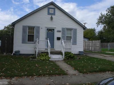 Roseville Single Family Home For Sale: 27823 Lasslett
